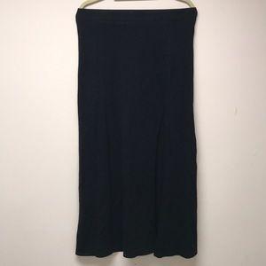 NWOT. Ankle-length skirt with slit